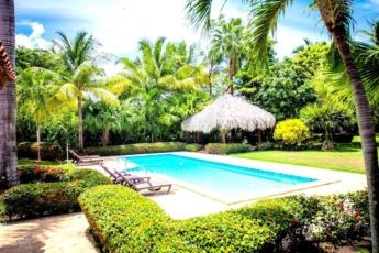 Golf paradise vacations Punta Cana pool villa